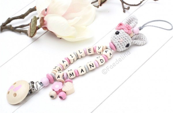 Schnullerkette mit Namen Doppelnamen Baby Mädchen rosa/natur Häkelhase Holzbuchstaben