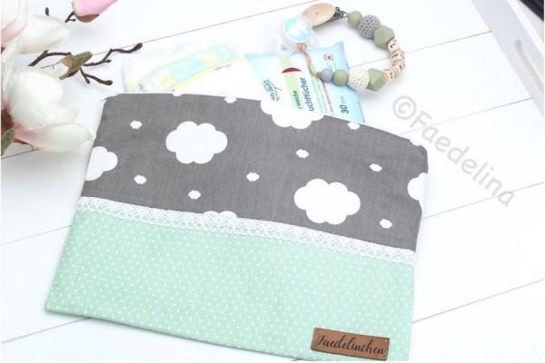 Windeltasche Wickeltasche Pamperstasche Baby Mädchen Junge mint/grau Wolken