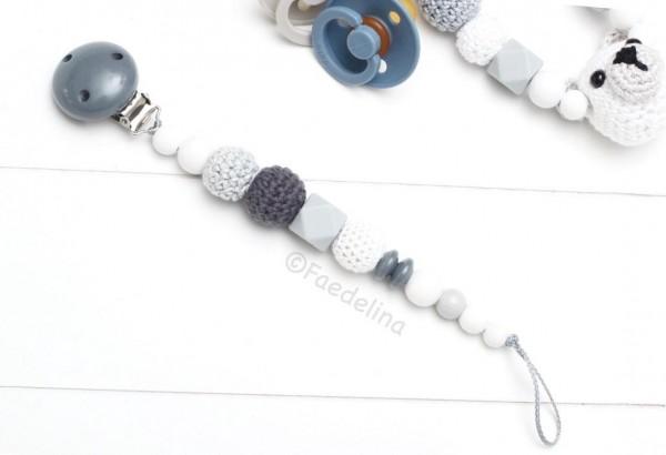 Schnullerkette weiß/grau Baby Junge Hexagon Silikon Häkelperle Geschenkidee