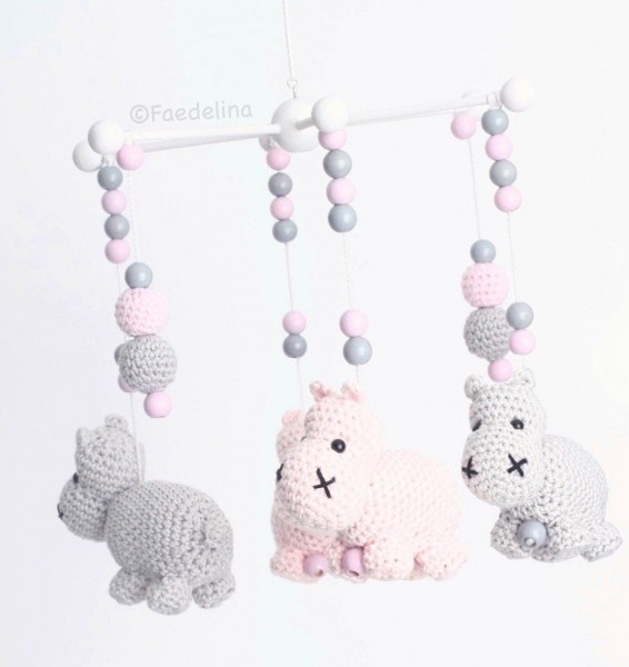 Baby Mobile Häkelperlen Mobilestern Nilpferde rosa/grau Baby Mädchen