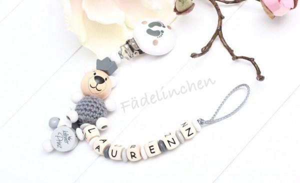 Schnullerkette 3D Bär Prinz Junge grau/weiß
